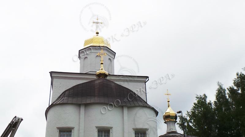 Изготовление и монтаж двух комплектов куполов с ажурными крестами для Спасо-Вознесенского женского монастырь г. Смоленска.