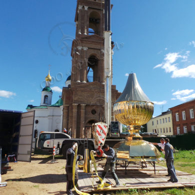 Изготовление и монтаж купола и креста на воссозданную колокольню Федоровской церкви Богоявленского женского монастыря